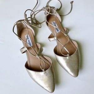 Steve Madden Britzi gold pointed toe strappy flats